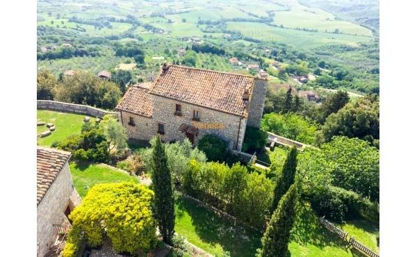 Casale in pietra in vendita a Guardea, Terni