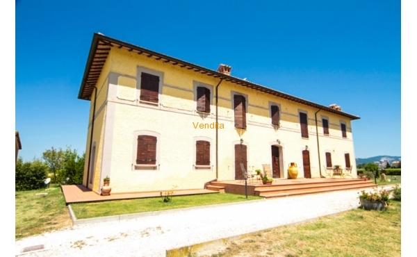 Casale in vendita ad Assisi