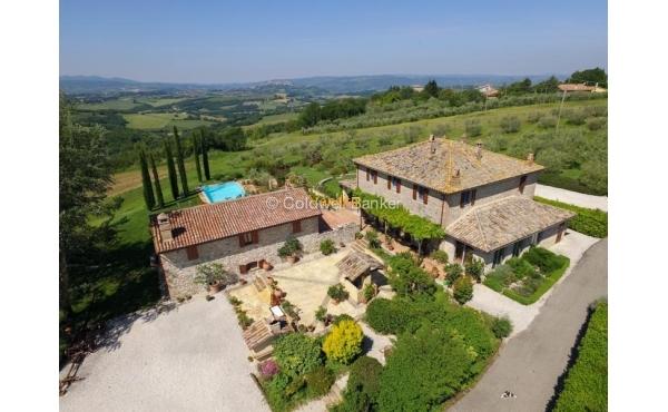 Villa in vendita a Todi, località Monticello