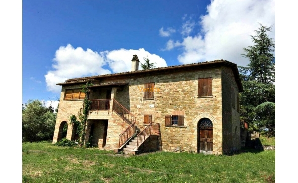 Rustico Casale a Torgiano