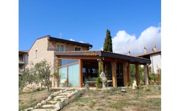 Casa con giardino a Montefalco