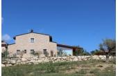 129662, Casa con giardino a Montefalco