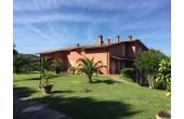 129677, Villa con piscina a Torgiano