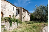28079, Casale da ristrutturare ad Assisi