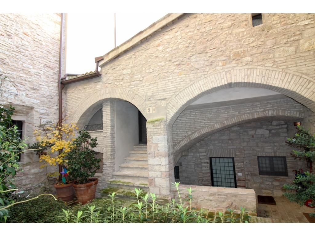 Appartamento in centro immobiliare assisi for Soggiorno ad assisi