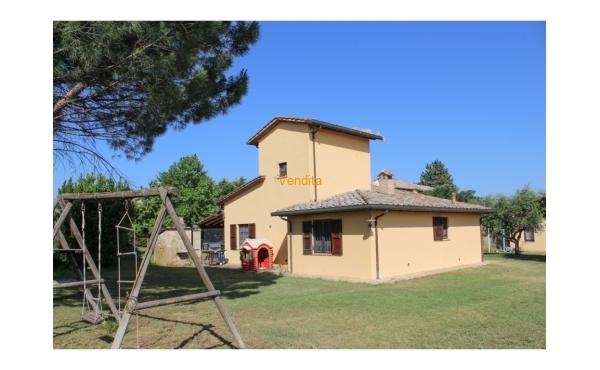 Villa near Ponte San Giovanni