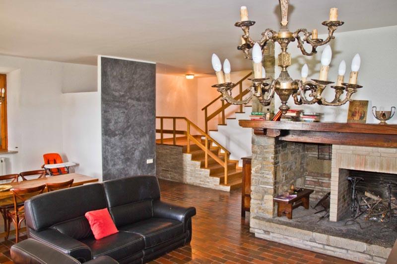Casale in posizione panoramica ad Assisi - Immobiliare Assisi