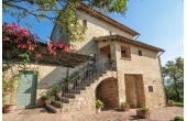 30, Farmhouse in Assisi